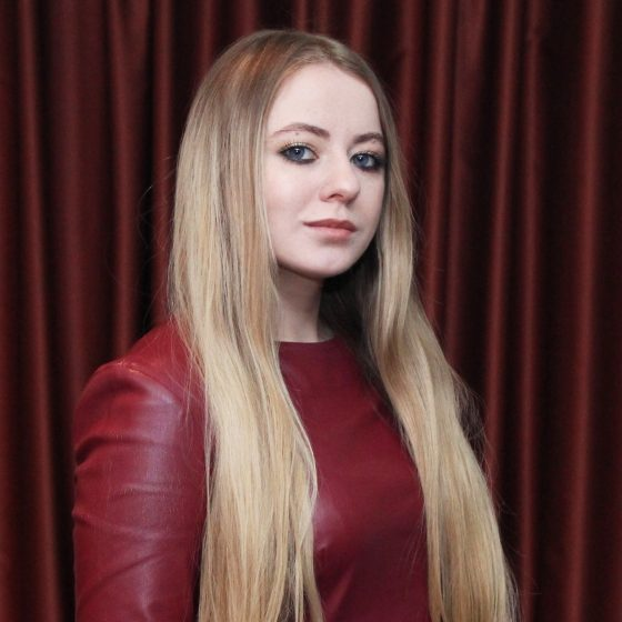 Анастасия Паденко новая светлая